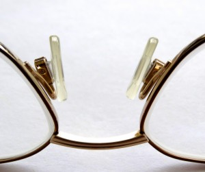reading-glasses-452543_1920